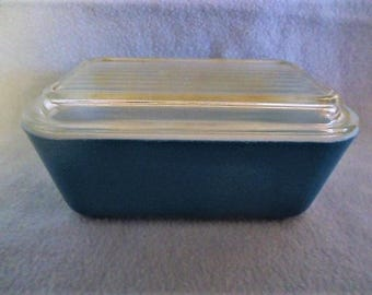 Pyrex Blue Loaf Pan Casserole with Lid 1950's Vintage