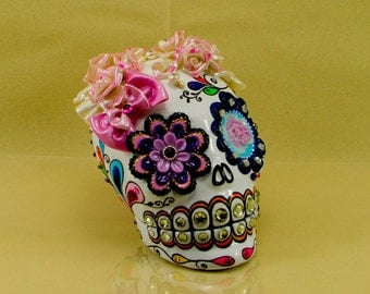 Ring box Bouquet roses on Skull the day of the dead