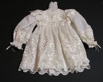 """Doll Dress Fits Most 28"""" to 30"""" doll"""