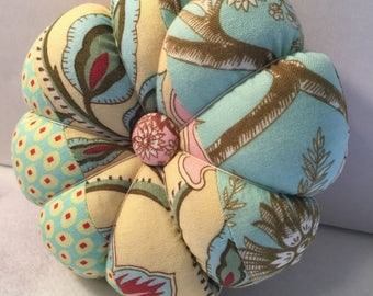 Flower Pin Cushion in Blue and Pink