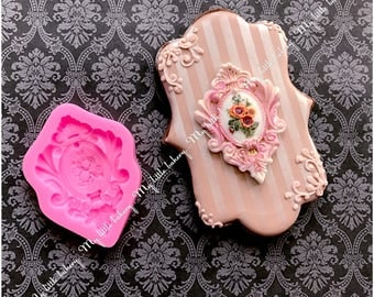 Silicone mold for cake and cookie decorating
