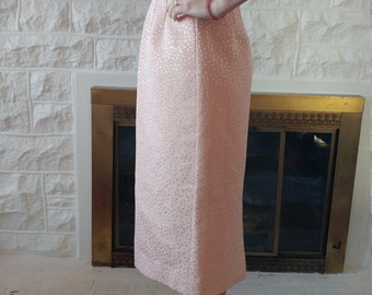 50's Wiggle skirt with shimmer in beautiful pink