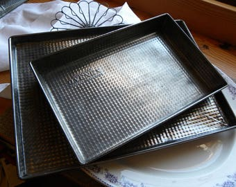 Vintage Rare Size Ovenex Embossed Pattern Tin Brownie, Cake Pan No Baked on Old Grease or Rust Ready to Use