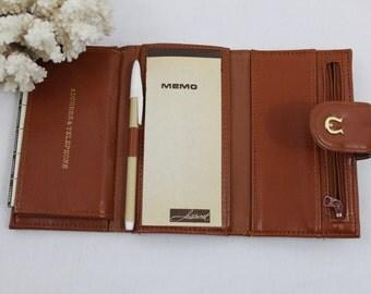 Vintage Brown Leather & Gold Hardware Aristocrat Fifth Avenue Designer Wallet