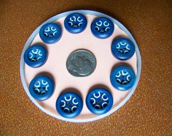 Set of 9 Vintage Blue & White Buttons 9/16""