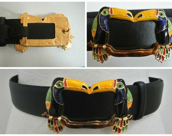 "vtg CARLISLE Enamel Toucan Buckle belt M 1 1/2"" black leather"