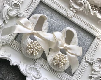 Baby Crib Shoes, Ivory, Satin, Lace, Baby Shoes, Baptism Shoes, Wedding, Christening Shoes, Sparkle, Fancy Shoes, Soft Shoes, Pearls