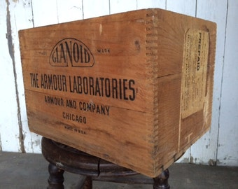 Vintage Advertising Wood Crate Armour Laboratories Co. Pharmacy Box Chicago, ILL USA Labeled Railway Express Agency
