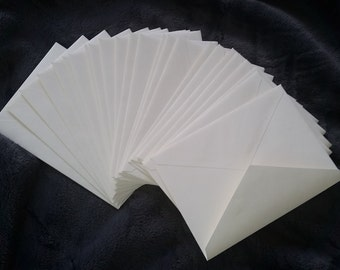 RSVP envelopes, Natural ivory 4 Bar Rsvp Envelopes A1 (3 5/8 x 5 1/8) 70# text -- 104 gsm vellum