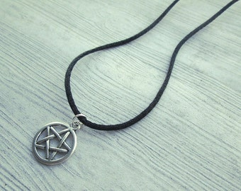 Classic Pagan jewelry, Pagan pendant, Wiccan pendant, Wiccan Jewelry, Wicca, Witch, simple pagan necklace, Witch jewelry, pentacle necklac