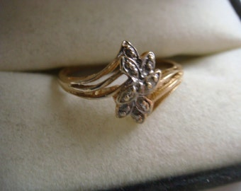 Vintage Diamond Chip Ring