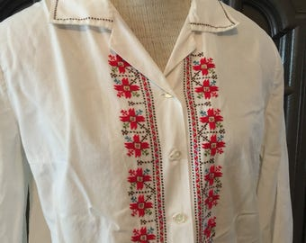 60s Embroidered Crisp Cotton Blouse