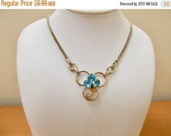 On Sale Vintage Blue Rhinestone Necklace Item K # 961