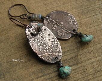 Tribal earrings-rustic earrings-ethnic earrings-artisanal pendant-organic mood-nature look-sakura copper pendant-turquoise-gray