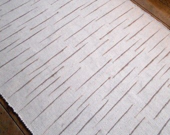 """50"""" x 73"""" Wool Rug / White with Tan Accents"""