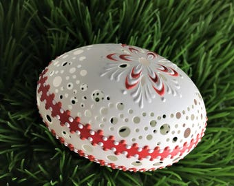 Carved and Wax Embossed Duck Egg, Polish Pisanka in White and Red