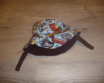 Size12 months (ages 6-12 months approximately) Reversible Bucket Hat with Chin Strap