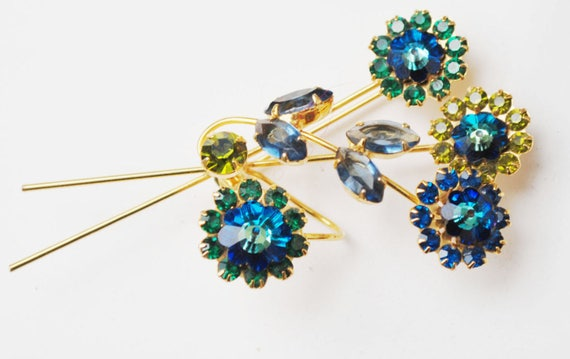 Rhinestone Flower Brooch - Blue Green Crystal - Floral  Spray pin -Vintage rhinestone pin