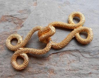 Vintage 1960's Gold Tone Knot Cloak Jacket Clasp Frog Hook