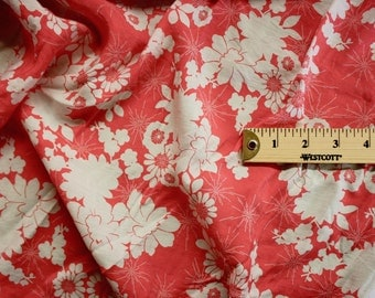 """Pink And White Floral Print Rayon Fabric 58"""" Wide Per Yard"""