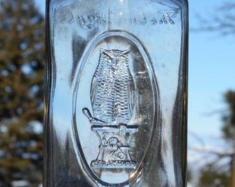 Rare Unusual LARGE Fancy Antique OWL DRUG Co bottle w/ embossed pic Owl in oval panel -