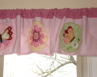 "Vintage Butterfly~ Flower~ Red Plaid~muslin lined  totally awesome Valance 60"" x 14"""