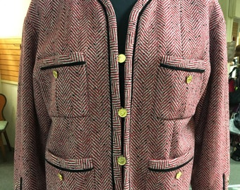 Vintage Chanel red tweed blazer gold buttons 40