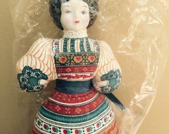 Vintage Avon Doll American Heirloom Avon Doll Porcelain Cloth Doll