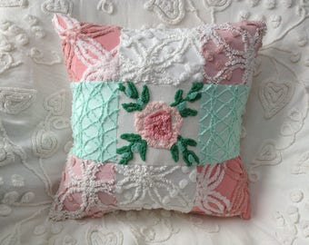 Pillow Cover Vintage Chenille Morgan Jones and Cabin Crafts in Pink and Green...17 x 17""