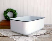 Vintage Enamel Pan, Rectangular Enamel Container, White Enamel Pan, Enamel Refrigerator Dish, Farmhouse Kitchen, Vintage Farmhouse