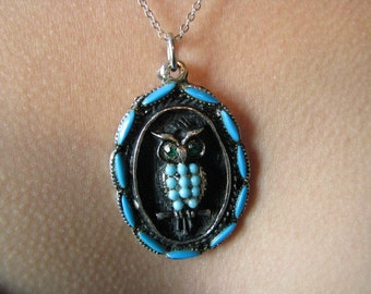 Vintage 1970s Faux Turquoise Silver Plated Owl Necklace Sterling Silver Chain Glass Turquoise