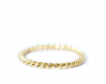 18ct gold band - twisted ring - wedding band - women wedding band - gold ring - rose gold - yellow gold - grey gold