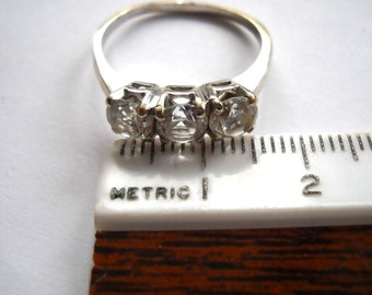 14K White GOLD Vintage Three Stone Ring with STRONGITE Co Advertising Collectible Ephemera