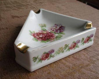 Antique Bavaria Germany hand Painted floral and Gold trim Victorian ashtray
