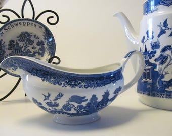 Blue Willow Gravy Boat Blue Willow Decor English Blue Willow Decor Blue willow china