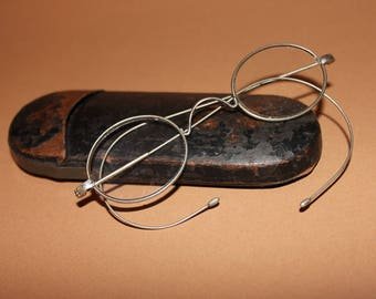 Antique French  Silver metal Rimmed Oval Spectacles with original case