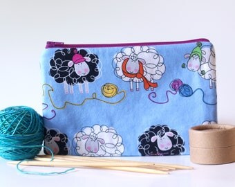 sheep zipper pouch // knitting bag // notions bag // craft supplies organizer // cosmetic bag // travel // pencil pouch