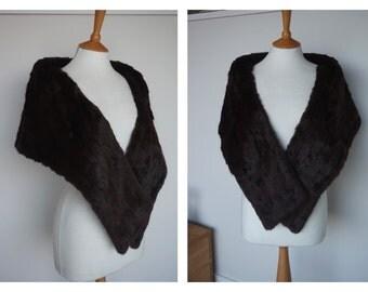 ORIGINAL VINTAGE 1950s Deep Chocolate Brown Rabbit Fur Stole Cape | One Size |