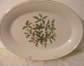 """Vintage LENOX China HOLIDAY HOLLY & Berries Small Decal 13"""" Christmas serving platter Presidential Pattern gold trim Ivory Porcelain"""