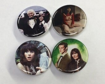 Sarah Jane Button, Sarah Jane Pin, Doctor Who Companion Sarah Jane Smith Classic Doctor Who 4 Pack Pin/Pinback Buttons, Doctor Who Gift, Pin