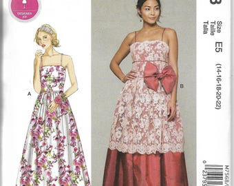 M7568 McCall's Dresses Sewing Pattern Sizes 14-22