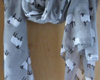 Sheep Scarf - Gray x 1
