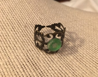 8mm Green Filigree Adjustable Ring