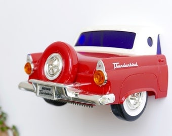 Vintage FORD THUNDERBIRD toilet paper dispenser by BEETLAND 1986, Made in Korea, 1980s red car collectible