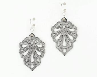 "Laser cut leather earrings ""Teardrops"" in metallic colours"