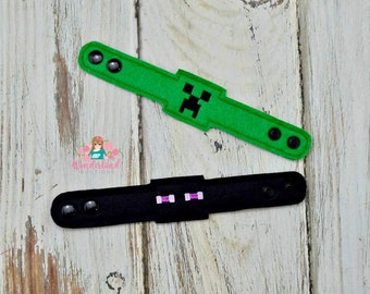 Creeper inspired bracelets, birthday party, party favors , creeper, enderman , classroom gifts, wristbands, mindcraft