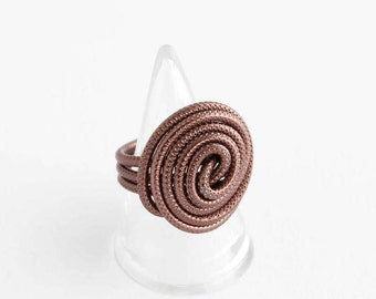 Brown wire ring