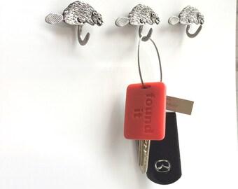 Beaver Key Holder Keyring Magnet Set -Nature Native Handmade Pewter Magnetic Gift -Board Accessory Fridge Canada Souvenir Gift - Set of 3