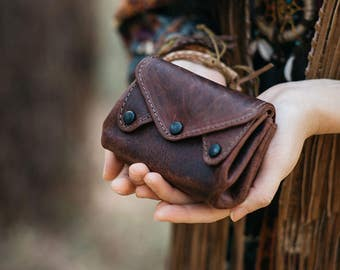 The Carryall - A Leather Coin Purse