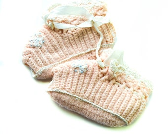 Crochet Baby Booties, Vintage, Crochet Baby Shoes, white, vintage shoes